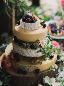 How-To-Make-a-Cheese-Wheel-Wedding-Cake-Top-Tips-from-Courtyard-Dairy-Bridal-Musings-Wedding-Blog6